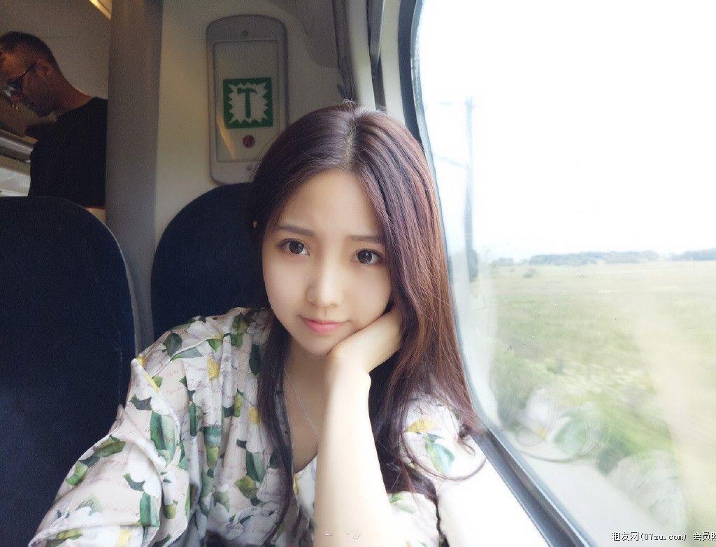 上海陪玩静馨静莲